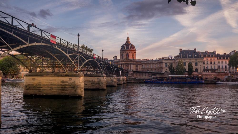 L'heure dorée sur le Pont des Arts