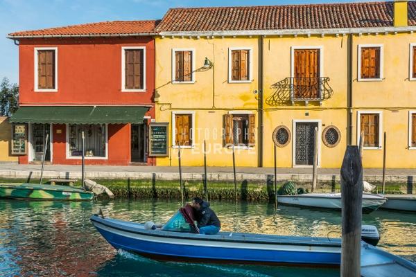 Coloured-buildings-Murano-Italy - Photographs of Venice, Italy..