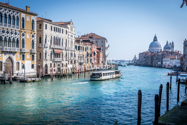 Grand-Canal-view-toward-Basilica-di-Santa-Maria-della-Salute-Venice-Italy - Photographs of Venice, Italy..