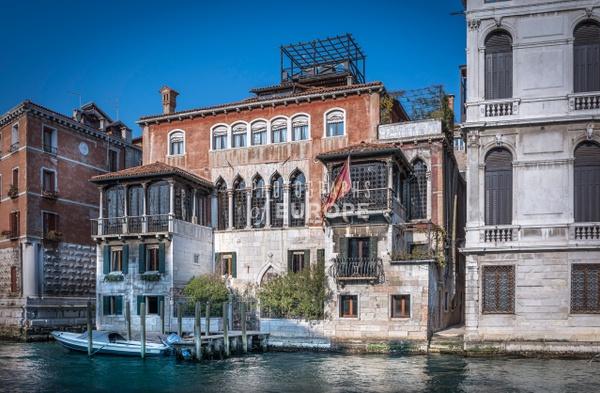 Palace-on-Grand-Canal-Venice-Italy - Photographs of Venice, Italy..