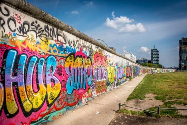 Berlin-Wall-art-Berlin-Germany-1 - Photographs of Berlin, Germany.