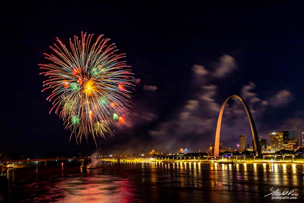 Fireworks at the Arch - St Louis, Missouri