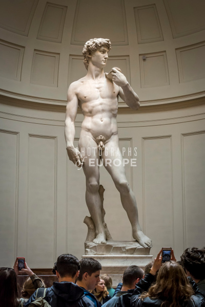 Michelangelo-statue-of-David-Florence-Italy-2 - Photographs of Florence and Pisa, Italy.