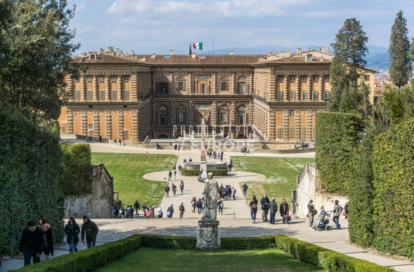 Pitti-Palace-Florence-Italy - Photographs of Florence and Pisa, Italy.