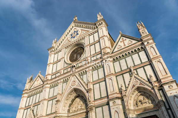 Santa-Croce-church-frontage-Florence-Italy - Photographs of Florence and Pisa, Italy.