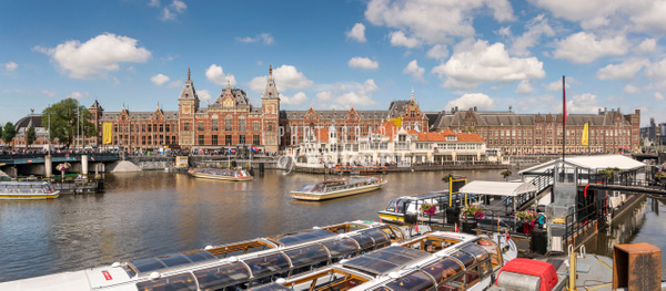 Amsterdam-Centraal-Station-Amsterdam-Netherlands-panorama - Photographs of Amsterdam, Netherlands.