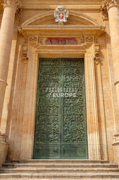 Bronze-doors-Noto Cathedral-St-Nicholas-of-Myra-Sicily-Italy-2 - Photographs of Sicily, Italy.