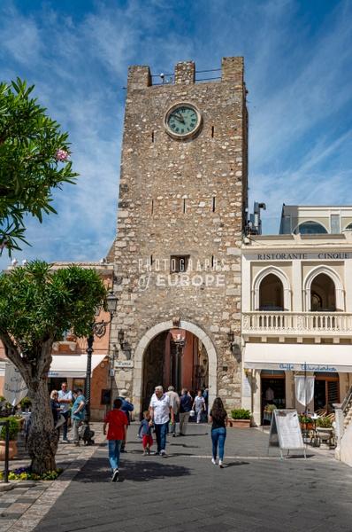 Clock-Tower-Porta-di-Mezzo-Taormina-Sicily-Italy - Photographs of Sicily, Italy.