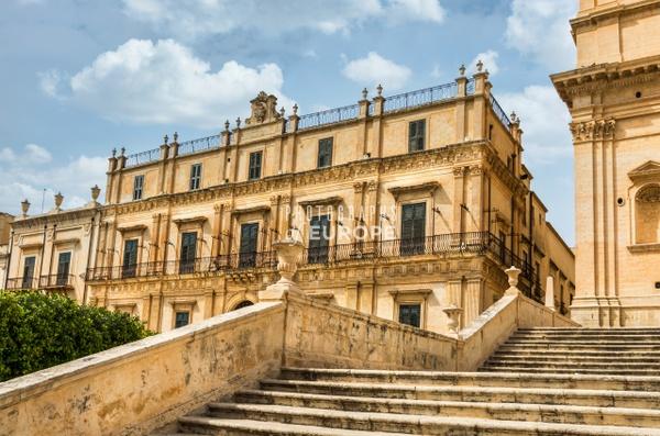 Palazzo-Landolina-Noto-Sicily-Italy - Photographs of Sicily, Italy.