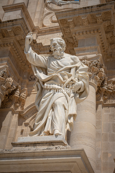 Statue-of-Paul-the Apostle-Syracuse-Sicily-Italy - Photographs of Sicily, Italy.