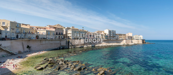 Seafront-Syracuse-Sicily-Panorama-1 - Photographs of Sicily, Italy.