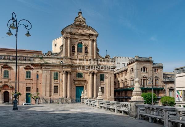 Chiesa-della-Badia-Catholic-Church-Ragusa-Sicily-Italy - Photographs of Sicily, Italy.