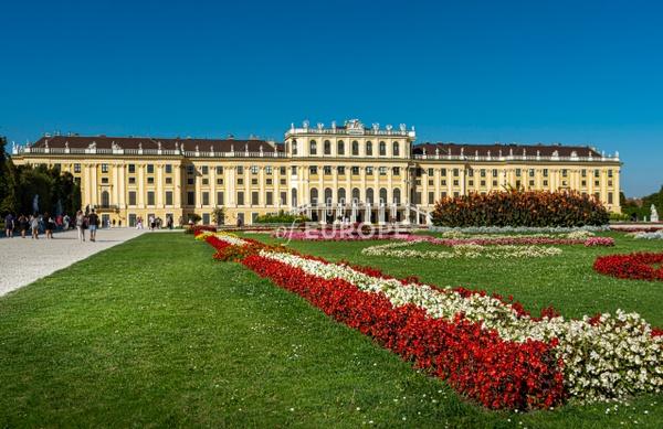 Gardens-and-Schönbrunn-Palace-Vienna-Austria - Photographs of Granada, Spain