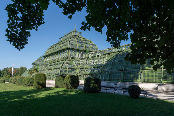 Palmenhaus-Palm-House-Schönbrunn-Palace-Vienna-Austria - Photographs of Granada, Spain