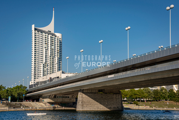 Seidler-Tower-Hochhaus-Neue-Donau-Vienna-Austria - Photographs of Granada, Spain