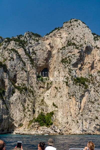 Execution-point-Jovi-Villa-Emperor-Tiberius-Capri-Italy - Photographs of the Amalfi Coast, Capri and Sorrento, Italy