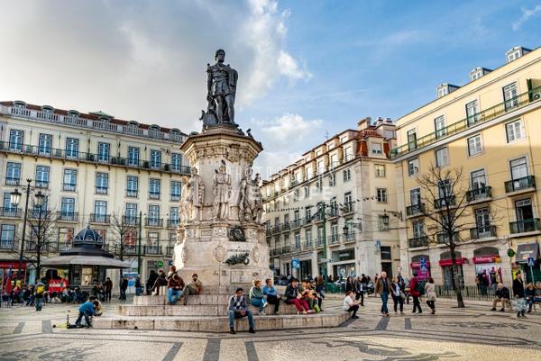 The-monument-to-Luís-de-Camões-Lisbon-Portugal - Photographs of Lisbon and Cascais, Portugal.