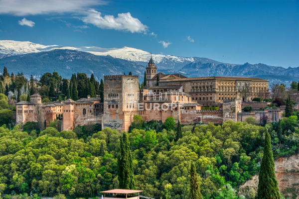 Alhambra-Palace-with-Sierra-Mountains-Granada-Spain - Photographs of Granada, Spain