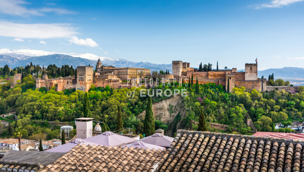 Alhambra-Palace-and-mountains-Granada-Spain - Photographs of Granada, Spain