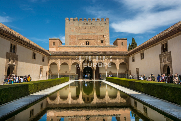 Patio-de-Comares-Alhambra-Palace-Granada-Spain - Photographs of Granada, Spain