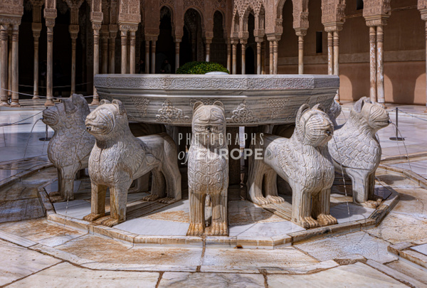 Fountain-of-the-Lions-Alhambra-Granada-Spain - Photographs of Granada, Spain