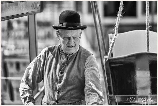 The Fairground Worker - People - Ingymon Photography