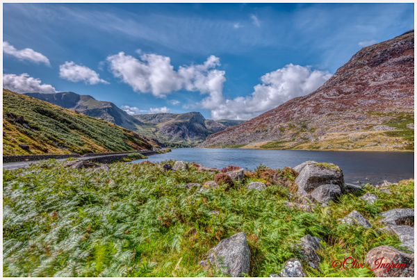 Lake and mountains - Wales - Ingymon Photography