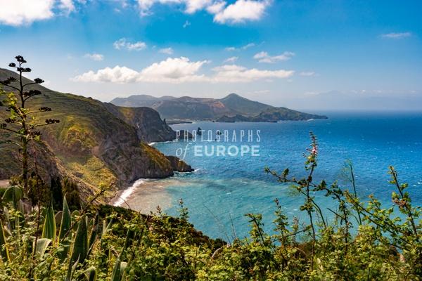 Dramatic-coastline-Lipari-Aeolian-Islands-Italy - Photographs of the Aeolian Islands, Italy