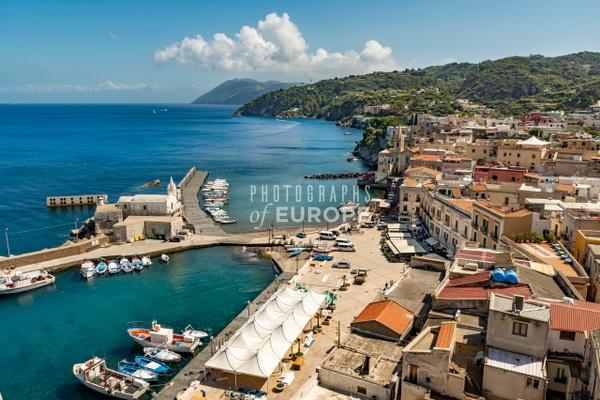 Lipari-old-port-Lipari-Aeolian-Islands-Italy-2 - Photographs of the Aeolian Islands, Italy
