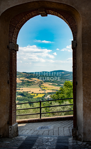 Countryside-view-through-arch-Perugia-Umbria-Italy - Photographs of Umbria, Italy
