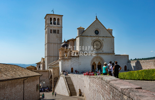The-Basilica-of-Saint-Francis-of-Assisi-Umbria-Italy-2 - Photographs of Umbria, Italy