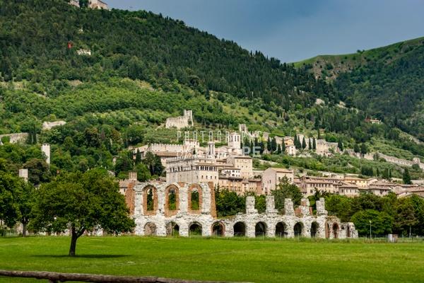 The-Roman-Theatre-Gubbio-Umbria-Italy - Photographs of Umbria, Italy