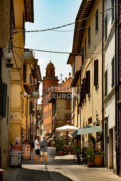 Via-Bruno-Buozzi-Castiglione-del-Lago-Umbria-Italy-2 - Photographs of Umbria, Italy