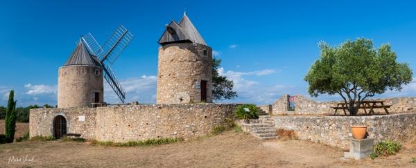 Régusse windmill - Landscape - Michel Voogd Photography