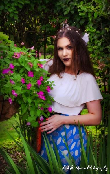 2019 Ashlynn 03 - Model - Ashlynn Nicole - Robert Moore Photography