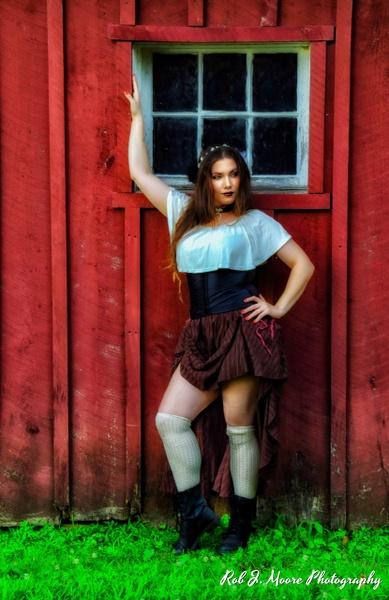 2019 Ashlynn 02 - Model - Ashlynn Nicole - Robert Moore Photography
